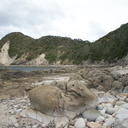 lava-boulders-pitted-Smugglers-Cove-Bream-Head-track-Whangarei-11-07-2011-IMG 2839