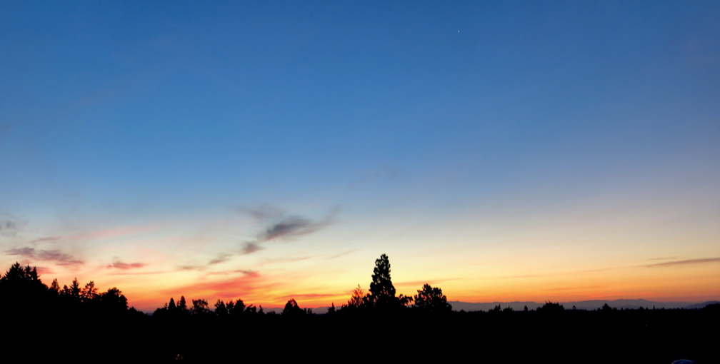 sunset-from-a-porch-in-Corvallis-Mt-Hood-in-distance-2017-08-21-IMG 8609