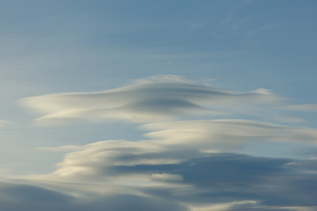 lenticular-clouds-Hapuku-beach-area-2013-06-03-IMG 1080