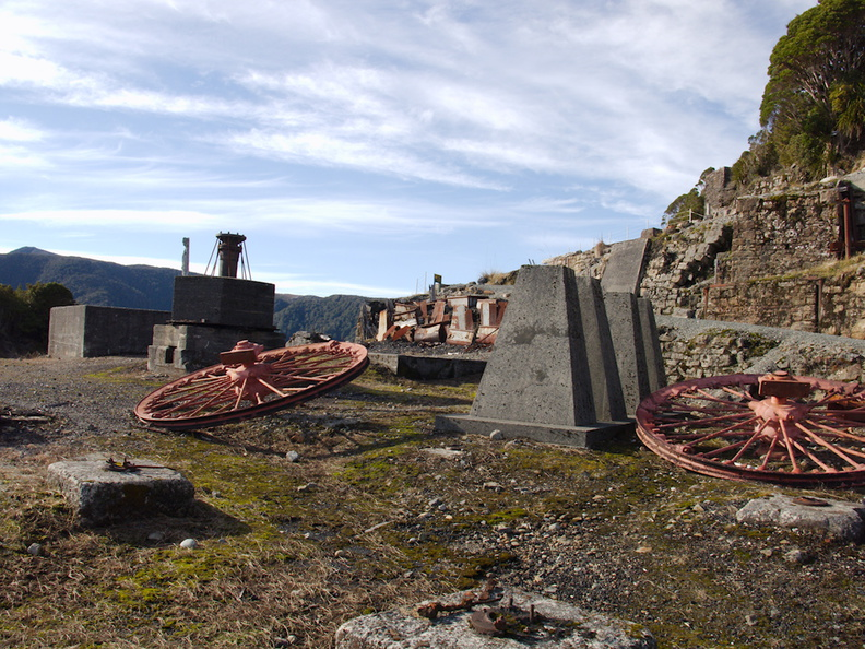 abandoned-coal-pulley-incline-at-Denniston-2013-06-12-IMG 1316