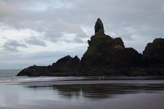 rocks-below-Lions-Head-Piha-22-07-2011-IMG 3127