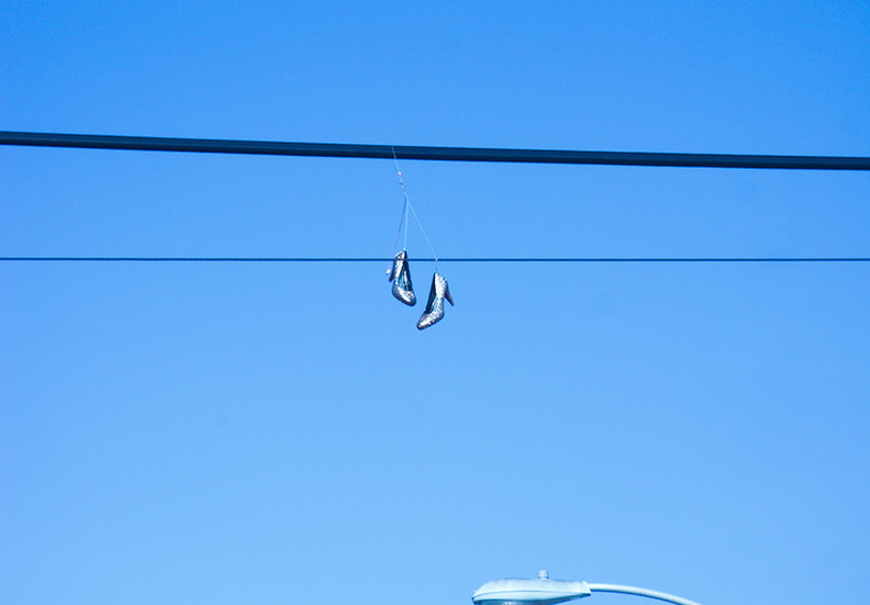 diamond-stilettos-on-a-wire-over-Fairfax-Ave-Los-Angeles-2012-01-21-IMG_0473.jpg